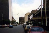 Dorotheenstraße in Ostberlin, Anfang der 90er Jahre