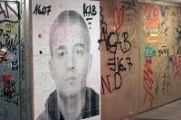 Remember Carlo Giuliani - Plakat im U-Bahnhof Kottbusser Tor in Berlin Kreuzberg