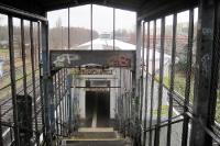 Skurrile Überführung am S-Bahnhof Marzahn