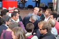 Klaus Wowereit und Heinz Buschkowsky im SPD-Wahlkampf, im Kiez von Berlin-Neukölln
