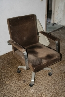 alter Schreibtischsessel