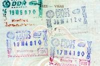 Ein- und Ausreisestempel der DDR in einem jugoslawischen Reisepass (SFRJ), 80er Jahre