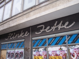 Rewatex Flinke Jette am Alexanderplatz