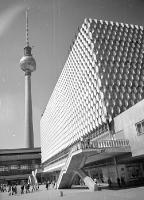 DDR Fotos: Berliner Fernsehturm 1973