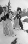 DDR Grenzsoldaten mit Waffen, 50er Jahre