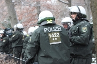 Polizeiliche Einatzkräfte bei ihrer Arbeit / Absicherung des Regierungsviertels