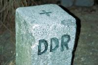 Grenzstein der Deutschen Demokratischen Republik / DDR