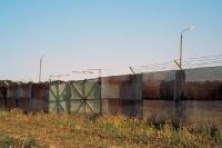 Durchlasstor des Streckmetallzauns / Grenzzauns der innerdeutschen Grenze