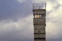 Grenzturm / Beobachtungsturm der DDR-Grenztruppen an der Elbe
