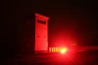 Bengalisches Feuer an einem Grenzturm