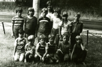 gemischte Kindergruppe im Betriebsferienlager