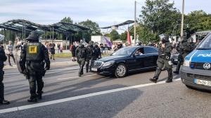 G20-Gipfel: Fahrzeugkolonne wird beschützt