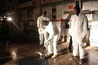 Die Berliner Clubszene blutet aus... Kunstaktion vor dem Klub der Republik, Protest gegen Schließung