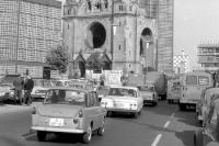 Kraftfahrzeuge / Autos in Westberlin an der Gedächtniskirche, 60er Jahre