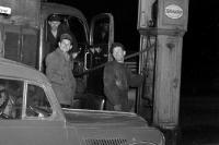 Tankstelle Mitte der 50er Jahre in der DDR / SBZ