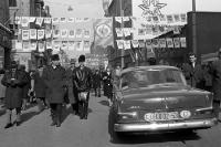 Diplomatenfahrzeug in Leipzig während der Leipziger Messe, Mercedes Benz, Ende der 50er Jahre