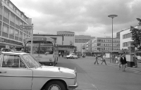 Linienbus 13 am Theaterplatz in Bonn, 1974