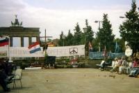 Kroatienkrieg: Mahnwache in Berlin 1991
