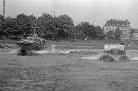 Boote der DDR-Grenztruppen / Grenzpolizei auf der Elbe, Ende der 50er Jahre, innerdeutsche Grenze