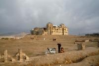 Der zerstörte Darul-Aman-Palast (Platz des Friedens, Darulaman-Palast) bei Kabul, Afghanistan