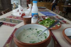 Frische Suppe in Armenien