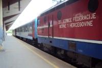 Zug im Bahnhof von Sarajevo