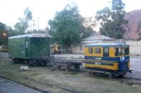 Kleine alte Waggons der Ferrocarriles Bolivia - Empresa Ferroviaria Andina SA, Eisenbahn in Bolivien