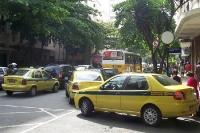 Taxen unterwegs in Rio de Janeiro