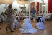 Candomblé-Feierlichkeiten mit Gesang, Tanz und Speisen
