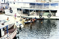 im Hafen von Anori (Amazonien - Brasilien), 1996