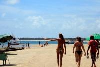 Brasilianische Frauen in Porto de Galinhas bei Recife, Brasilien
