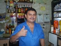 gute Laune in einer Bar in Copacabana