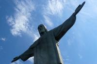 Saudade do Brasil! Jesus Christus Statue auf dem Berg Corcovado im Tijuca-Park von Rio de Janeiro
