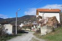 einsam gelegene bulgarische Ortschaft Paril nahe der Grenze zu Griechenland