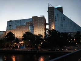 Hotel Estrel am frühen Morgen