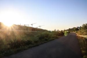 Mauerweg entlang der A113