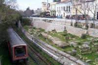 Attiko Metro / U-Bahnlinie im Zentrum der griechischen Hauptstadt Athen,