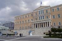 Griechisches Parlamentsgebäude am Syntagma-Platz in Athen, einst Wiege der Demokratie