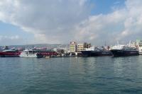 Passagierschiffe im Hafen von Piräus bei Athen