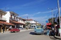 Hauptstraße von Petrota im Nordosten Griechenlands