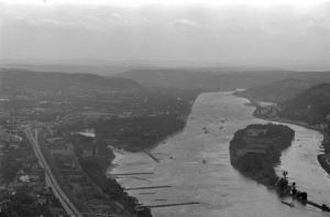 Blick auf  den Rhein (1974)