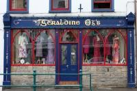 Kleidungsgeschäft in der irischen Kleinstadt Ballyshannon