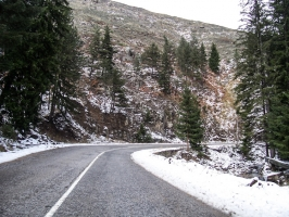 Bergstraße von Borino nach Smoljan