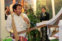 Asiatische Länder zeigen sich auf der Reisemesse ITB 2012 gern mit Musik
