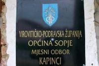 Schild in der kroatischen Ortschaft Kapinci