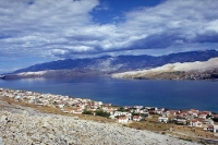 Blick auf die kroatische Adria-Insel Pag