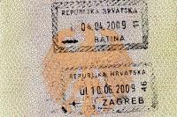 kroatische Einreisestempel im Reisepass, Batina (Zug) und Zagreb (Flugzeug), Kroatien / Hrvatska