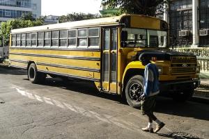 alter amerikanischer Schulbus