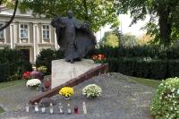 Papst-Denkmal an der Kathedrale von Poznan (Posen)