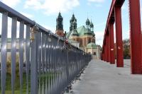 Fußgängerbrücke zur einstigen Altstadt von Poznan (Posen)